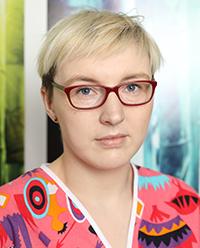 Larisa Crisan - specialist in endodontics